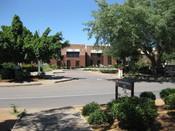 English: University of Botswana Administration Building in Gaborone, Botswana Suomi: Botswanan yliopiston hallintorakennus Gaboronessa, Botswanassa.