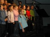 Deborah Mees and choir 01