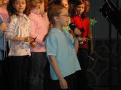 Deborah Mees and choir 02