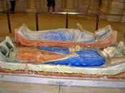 English: Tombs of Henry II and Eleanor of Aquitaine in Fontevraud Abbey