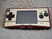English: A clear picture of the Game Boy Micro, Famicom 20th Anniversary Edition.