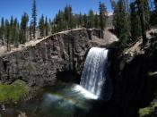 Rainbow Falls at Devils Postpile National Monument