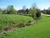 English: The Motte and Bailey site in Manor Farm Ruislip.