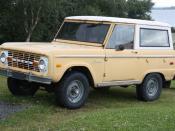 English: Ford Bronco (first generation) in Reykjahlid, Iceland. Polski: Ford Bronco (pierwsza wersja) w Reykjahlid, Islandia.