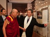 English: The Dalai Lama visits the Laogai Research Foundation and Museum on October 7, 2009.