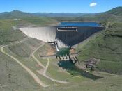 English: Katse Dam in Lesotho, Africa. Français : Le barrage de Katse, au Lesotho.