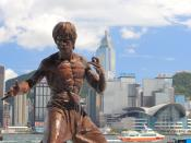 In Hong Kong, teams visited the memorial statue of martial artist and film star Bruce Lee on the Avenue of Stars.