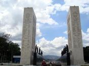Praça dos Heróis 2 / Heroes Square 2 (Paseo Los Próceres)