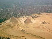 English: The Giza-pyramids and Giza Necropolis, Egypt, seen from above. Photo taken on 12 December 2008.