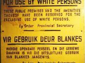 """""""For use by white persons"""" – sign from the apartheid era Español: """"Sólo para blancos"""" – letrero de la era del apartheid"""