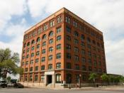 Description: The former Texas Schoolbook Depository Source: Original Photograph By: Andrew J Oldaker (User:Weatherdrew) Date: Spring 2005 Location: 411 Elm St., Dallas, Texas