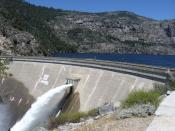 English: The O'Shaughnessy Dam in Yosemite National Park, USA.