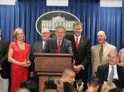 English: President George W. Bush hosts seven White House Press Secretaries before the James S. Brady Press Briefing Room underwent renovation. From left: Joe Lockhart, Dee Dee Myers, Marlin Fitzwater, the President, Tony Snow, Ron Nessen, James Brady, wi