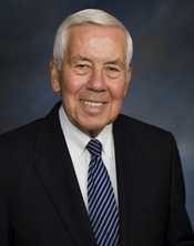 English: Official photo of Senator Dick Lugar (R-IN).