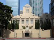 English: The South Hope Street entrance of the Los Angeles Central Library in downtown Los Angeles, California.