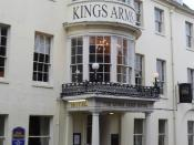 English: Thomas Hardy Locations, The Mayor of Casterbridge(3) This is the Kings Arms Hotel in Dorchester (Casterbridge). In the novel Henchard's wife followed him to Casterbridge years after he had sold her. Through this old bow window, she first saw her