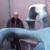 English: Henry Moore