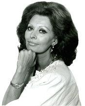 Portrait of the Italian actress Sophia Loren from 1986. Français : Portrait de l'actrice italienne Sophia Loren réalisé en 1986.