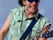 Nugent in concert in Naples, Italy, June 1, 2004