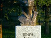 Bust of Edith Piaf in Celebrity Alley in Kielce (Poland)