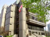 English: TDSB Education Centre - The head office of the Toronto District School Board at 5050 Yonge Street in North York, Ontario. Español: TDSB Education Centre - La sede del Consejo Escolar del Distrito de Toronto Français : TDSB Education Centre - Le s