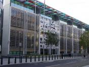 English: The current offices of the British Home Office, located at 2 Marsham Street, London. Photo taken on 15 November 2005 by User:Canley.