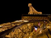 English: The Eiffel Tower of the Paris Las Vegas Hotel and Casino Deutsch: Der Eiffelturm des Paris Las Vegas Hotel und Casinos.