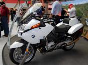 English: BMW R1200RT-P police motorcycle