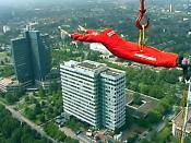 bungee jumping vom Dortmunder Fernsehturm; Plattform wegen eines Todesfalles inzwischen geschlossen