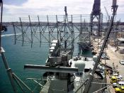 English: Antenna of an AN/SPS-49(V)8 ANZ radar as fitted to a Royal Australian Navy ANZAC class frigate.