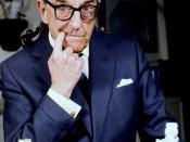 English: Portrait of Stanley Holloway, Portrait of Stanley Holloway taken at the londob studio of Allan Warren