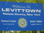 Welcome to Levittown sign on wantagh ave in levittown, NY.