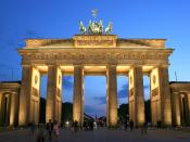 English: The Brandenburg Gate in Berlin, Germany Deutsch: Das Brandenburger Tor in Berlin Français : La Porte de Brandebourg à Berlin, Allemagne Català: La Porta de Brandenburg a Berlín, Alemanya