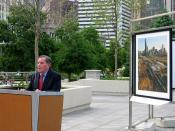 English: Chicago Mayor Richard M. Daley at 2005 Revealing Chicago Photo Exhibition at Boeing Galleries and Chase Promenade