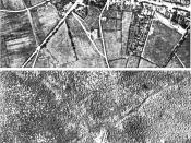 English: Aerial view of the village of Passchendaele (north is to the right of the photo) before and after the Third Battle of Ypres, 1917. Français : Vue aerienne du village de Passendale, avant et après la troisième bataille d'Ypres, en 1917. Le nord es
