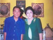 Tagalog: Ako at si Gng. Imelda Romualdez Marcos sa kanyang tahanan sa Makati.