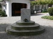 Friedhof in Meersburg (Bodenseekreis) Grabstätte Franz Anton Mesmer
