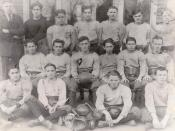 English: Front Row: Jimmy Scavo, Dave Phillips, Joe Serafin, Frank Rychleski Middle Row: Pat Revello, Jimmy Galassi, Leo McGrath, Miles Potter, Joe Greenfield, Leo Lynch Back Row: Coach Clint Weisenfluh, Jimmy Scandale, Palmer DeFazio, Pete Salamone, John