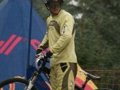 English: Brian Lopes scouting out the 4X course in Fort William during the 2007 UCI Mountain Bike and Trials World Championships.