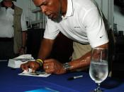 Sayers signing autographs in 2005