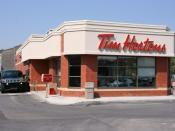 English: Tim Hortons restaurant. Calgary, Alberta, Canada. Polski: Restauracja popularnej kanadyjskiej sieci Tim Hortons. Calgary, Alberta, Kanada.