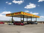 English: Love's Travel Plaza on I-40, New Mexico