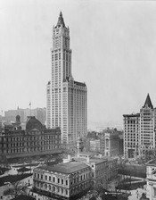 English: View of Woolworth Building and surrounding buildings, New York City