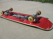 English: Picture of Skateboard origanly posted at http://www.beginnersskateboard.com