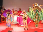 Italiano: L'inizio della finalissima del 2010 con tutte le Ambasciatrici del Progresso nei loro splendidi costumi nazionali