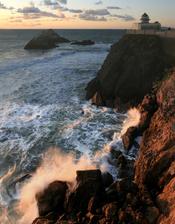 English: Seal Rock from Cliff House. San Francisco, California, USA. Français : Seal Rock vu depuis Cliff House. San Francisco, Californie (États-Unis).
