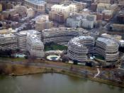 English: A photo of the Watergate Complex taken from a DC-9-80 inbound to Washington National Airport on January 8, 2006.