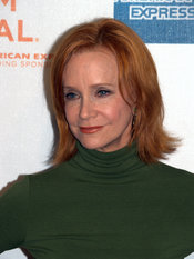 English: Swoosie Kurtz at the 2009 Tribeca Film Festival premiere of Poliwood. Photographer's blog post about the event at which this portrait was taken.