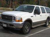 2000-2004 Ford Excursion photographed in Accokeek, Maryland, USA. Category:Ford Excursion Category:White SUVs