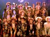 Cast of the filmed version of Cats. Pouncival centre front row.